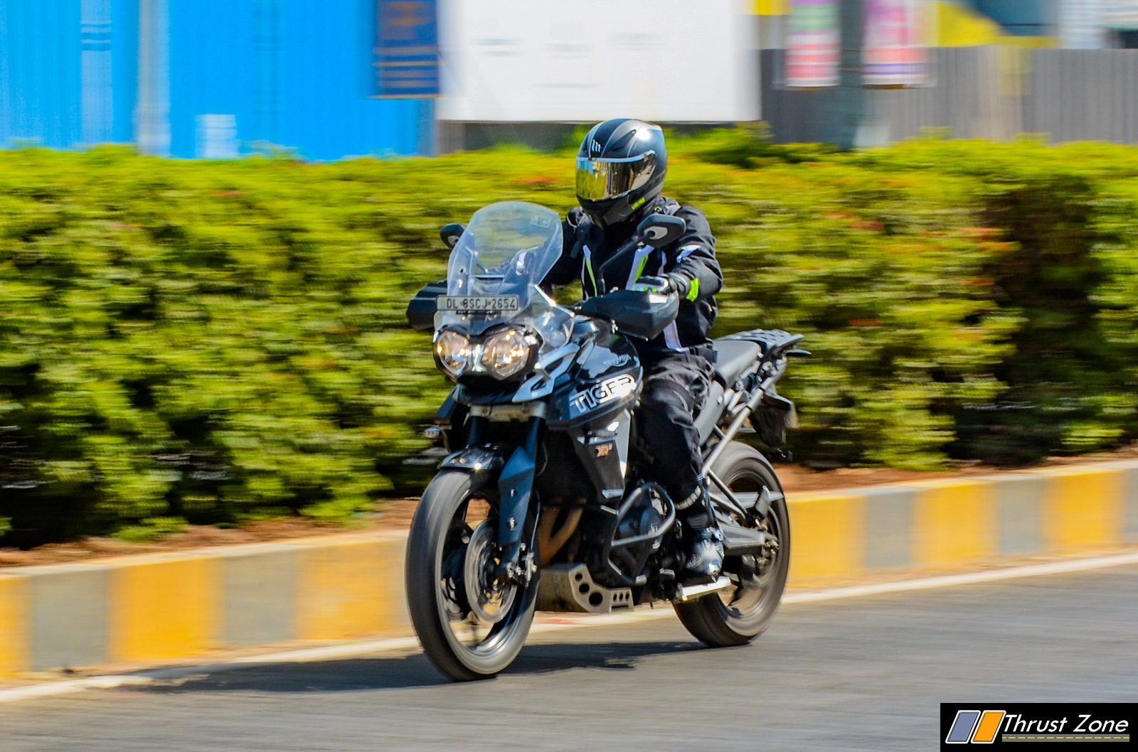 2018-Triumph-Tiger-800-india-review-1