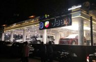 Rejoice Fiat Fans! Fiat Dealership In Mumbai Is Here, Sells Jeep Too!