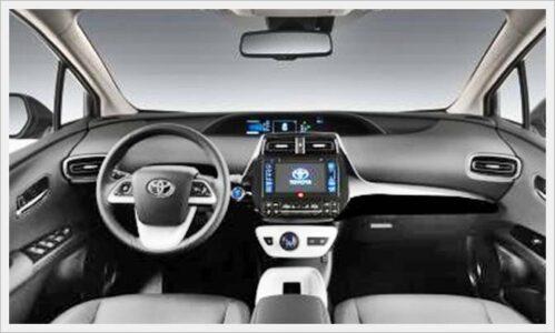2017 Toyota Prius-interior