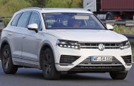 2018 Volkswagen Touareg India Launch Could Be Next Thing From VW - Production Version Spied