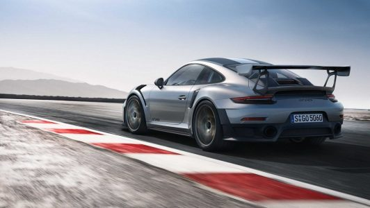 2018-Porsche-911-GT2-model (1)