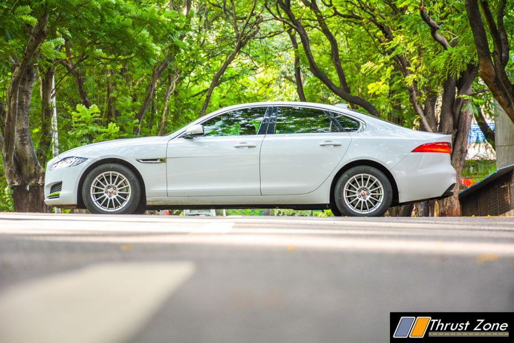 Jaguar-XF-Diesel-Pure-Review-18