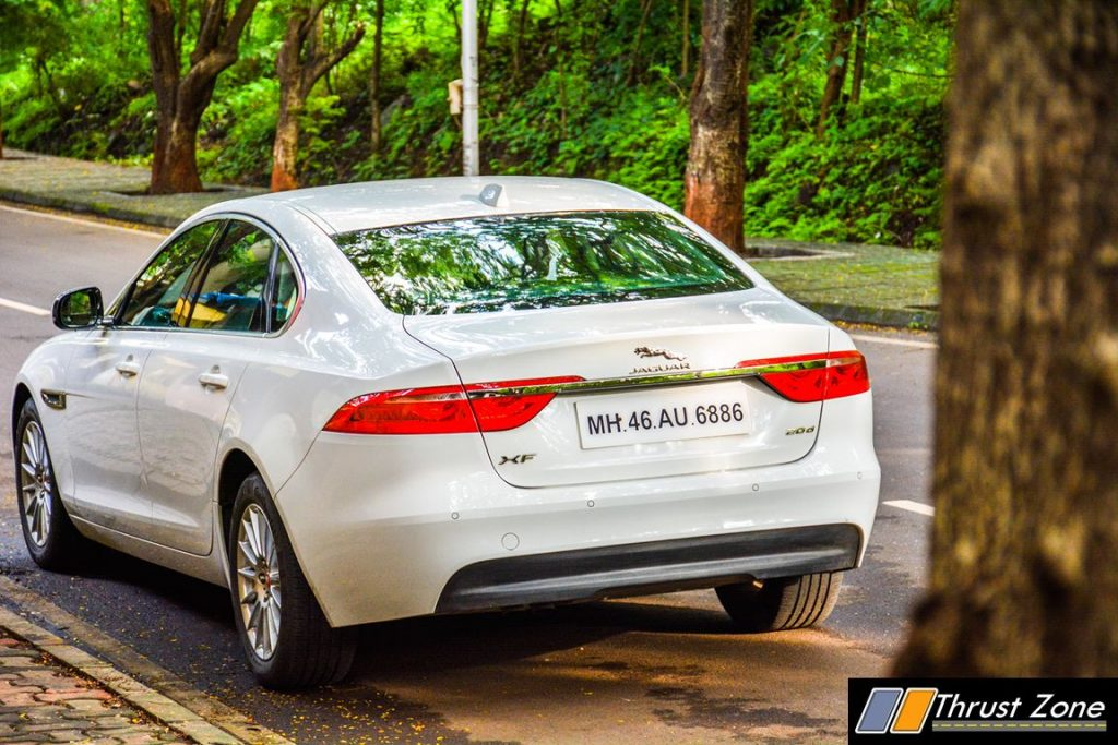 Jaguar-XF-Diesel-Pure-Review-27