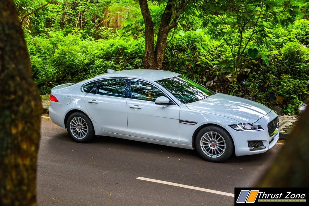 Jaguar-XF-Diesel-Pure-Review-30