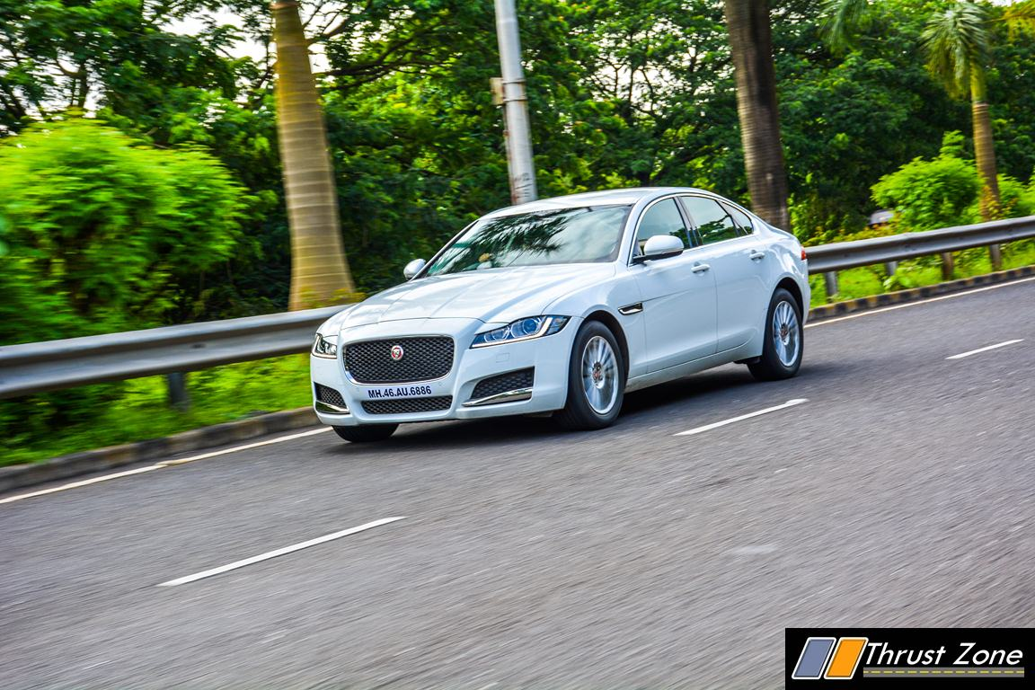 jaguar xf diesel pure review 6 thrust zone. Black Bedroom Furniture Sets. Home Design Ideas