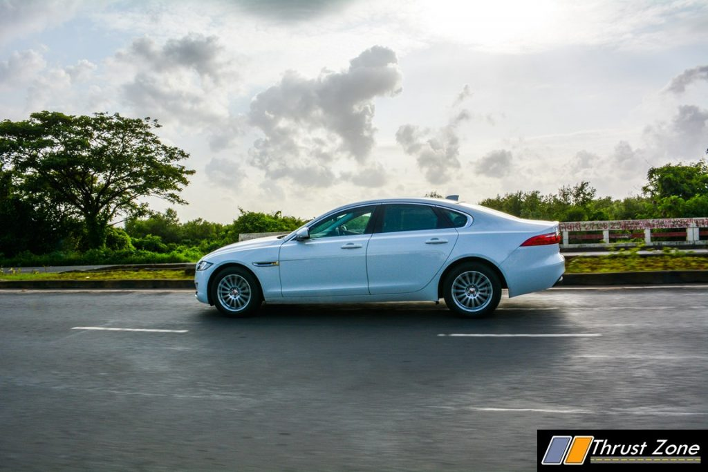 Jaguar-XF-Diesel-Pure-Review-7