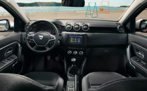2018-renault-duster-interior