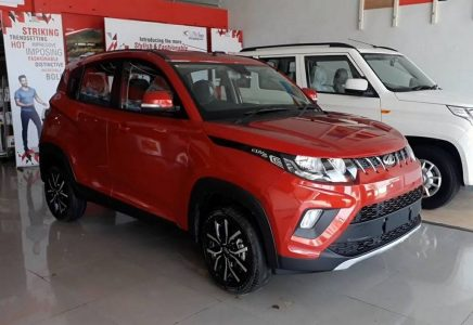 Mahindra-KUV-100-NXT-2017-model-facelift (4)