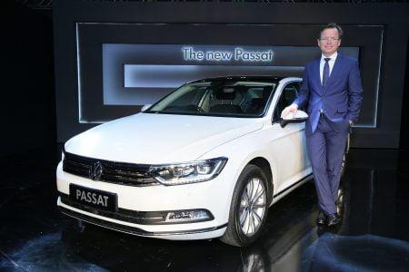 2017 Volkswagen Passat India (1)