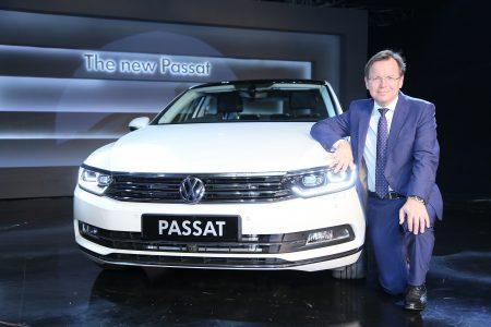 2017 Volkswagen Passat India (2)