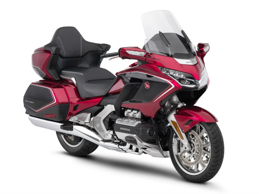 2018 Goldwing Review >> All New 2018 Honda Goldwing Revealed At The Tokyo Motor Show