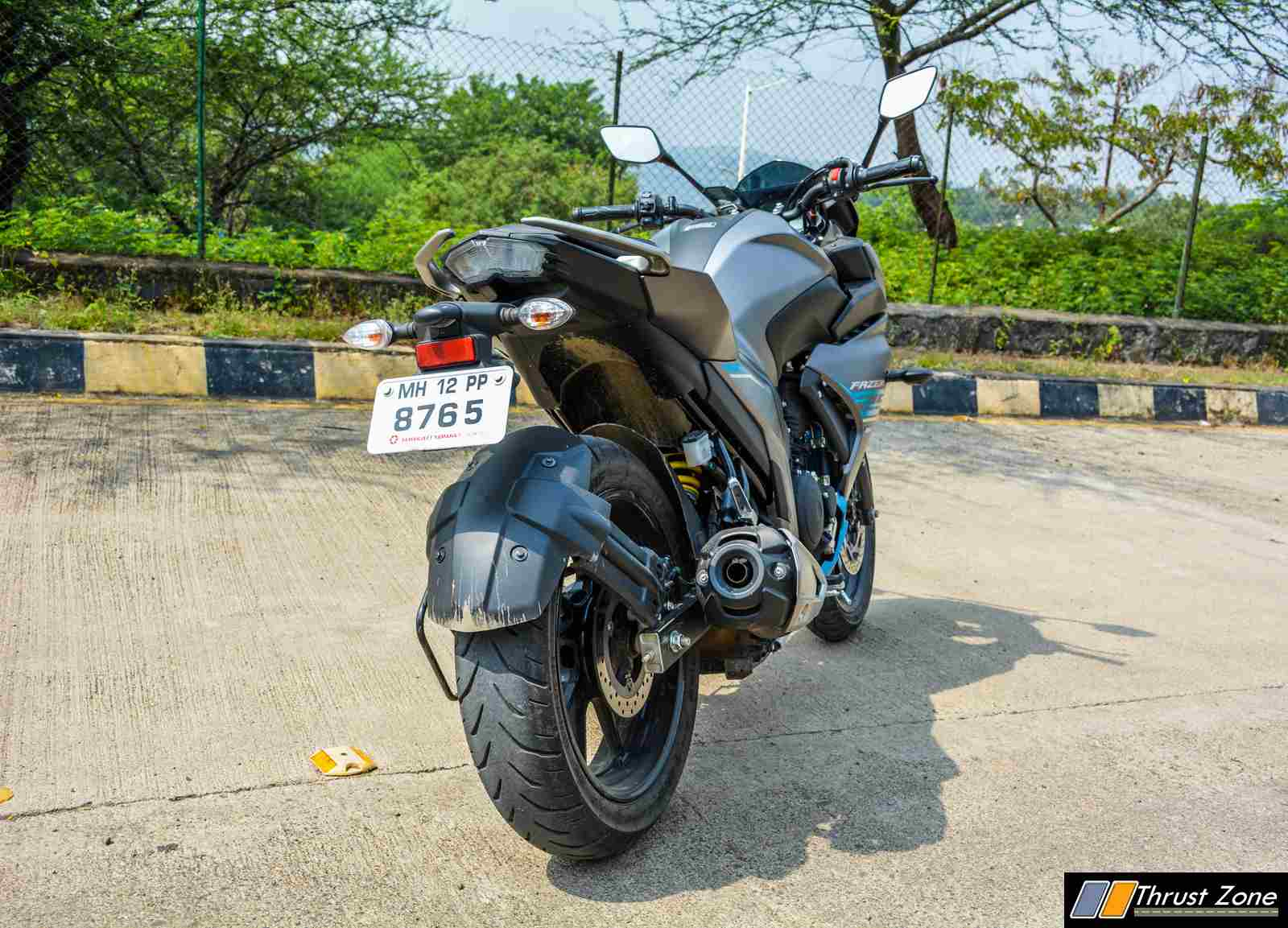 https://www.thrustzone.com/wp-content/uploads/2017/11/2017-Yamaha-Fazer-25-Review-11-of-17.jpg