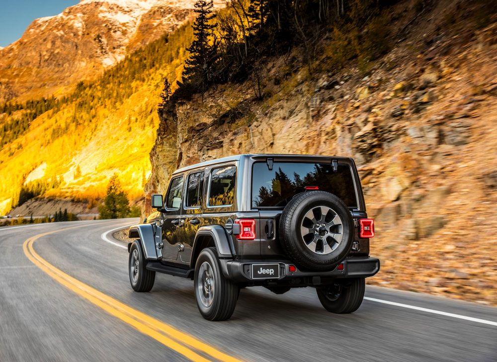 2018 jeep wrangler revealed after much hype looks the business. Black Bedroom Furniture Sets. Home Design Ideas