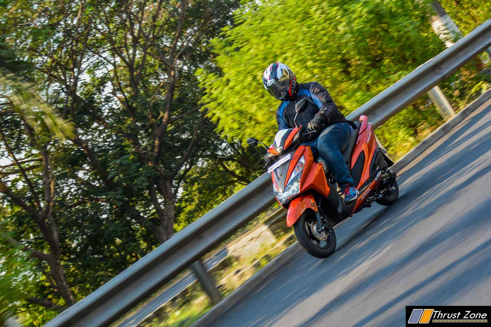 Honda-Grazia-125-Scooter-Review-25