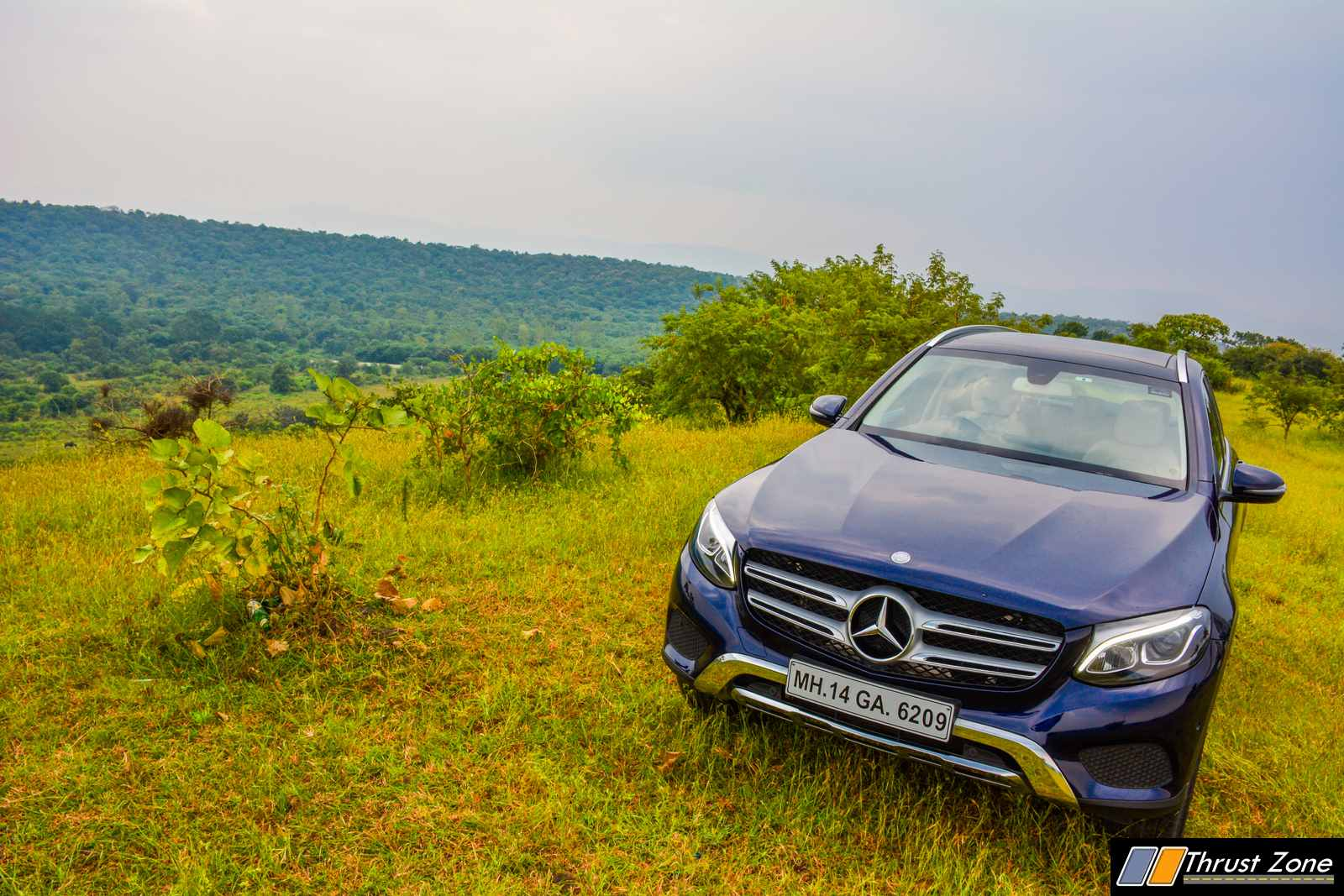 https://www.thrustzone.com/wp-content/uploads/2017/11/Mercedes-GLC-300-SUV-India-Review-17.jpg