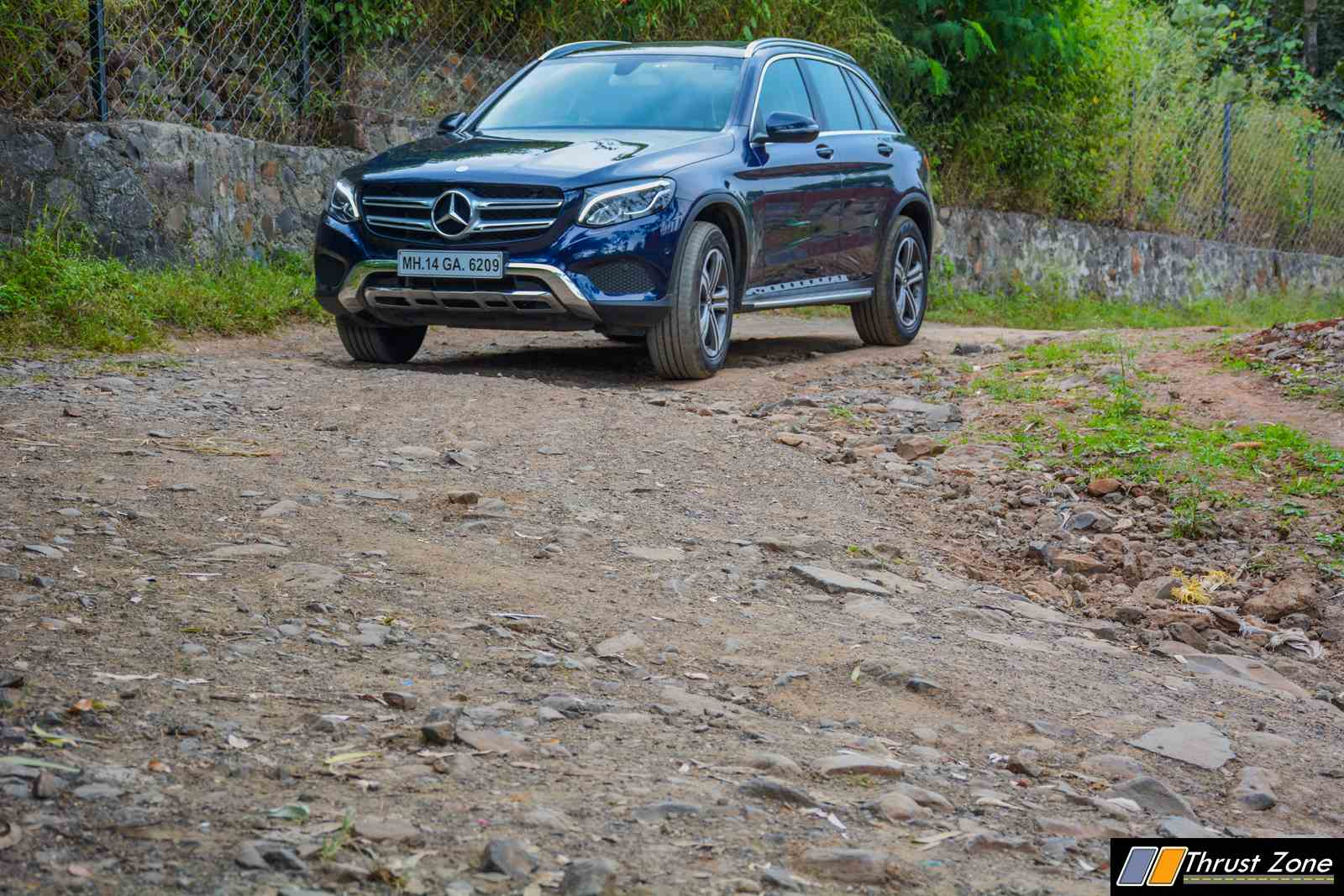 https://www.thrustzone.com/wp-content/uploads/2017/11/Mercedes-GLC-300-SUV-India-Review-29.jpg