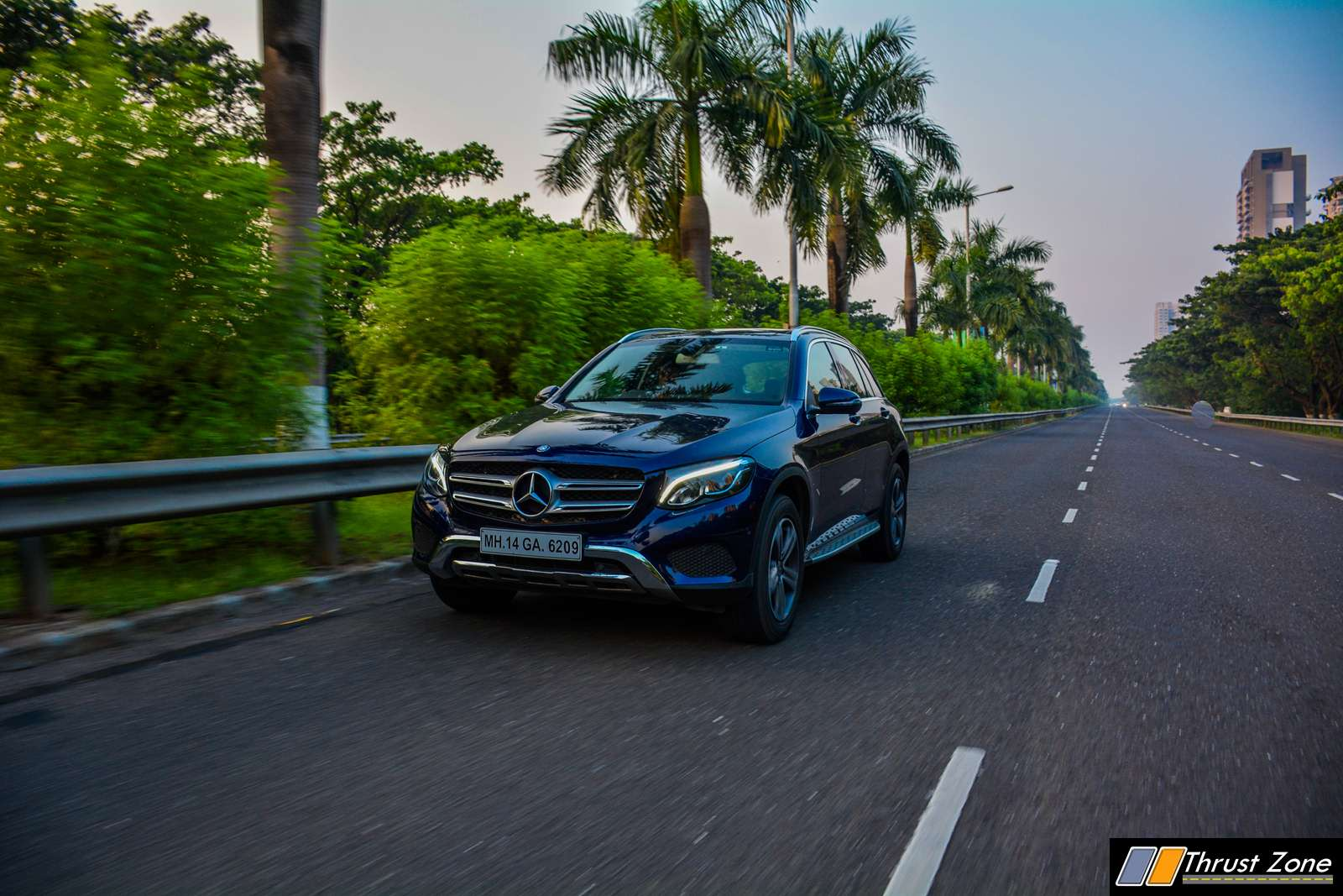 https://www.thrustzone.com/wp-content/uploads/2017/11/Mercedes-GLC-300-SUV-India-Review-36.jpg