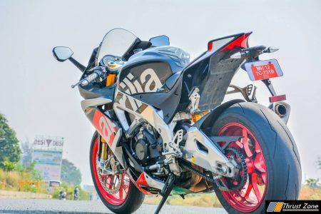 Aprilia-RSV4-Yamaha-MT-09-Naked-Fairing-Motorcycles-24