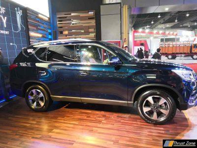 2018 Mahindra Altruas SUV