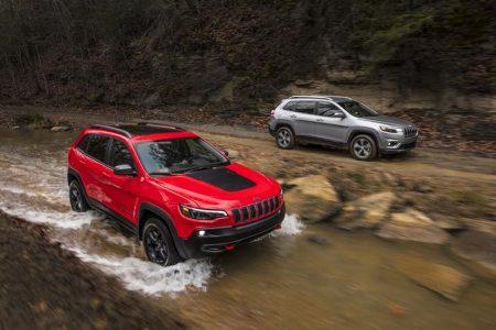 Jeep-Cherokee-2018-model-unveiled (1)