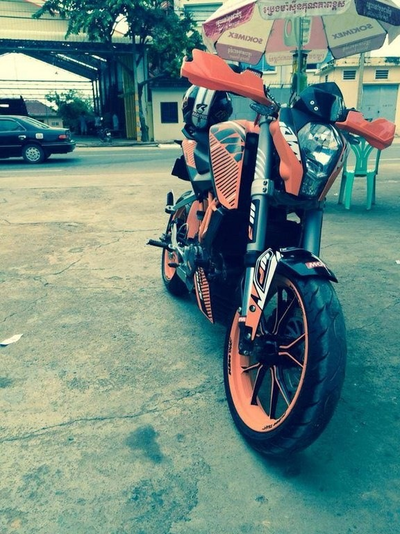 https://www.thrustzone.com/wp-content/uploads/2018/01/Modified-KTM-Duke-200-390-pics-12.jpg