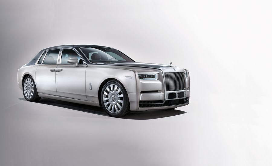 8'th Generation Rolls-Royce Phantom Launched in India