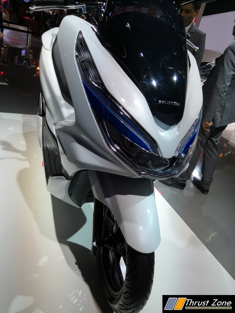 honda pcx electric scooter revealed at auto expo 2018. Black Bedroom Furniture Sets. Home Design Ideas