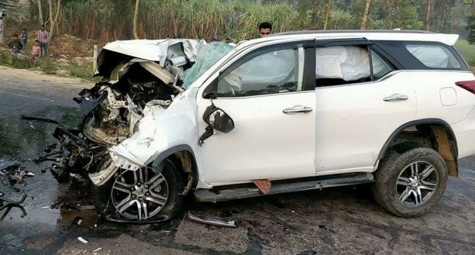 UP-Road-Accident-toyota-fortuner-BJP-minister