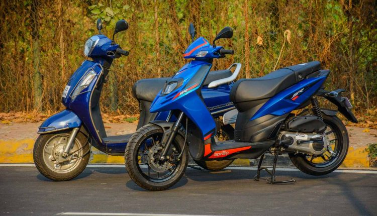 2018-Aprilia-SR-125-vs-Suzuki-Access-125-Review (3)