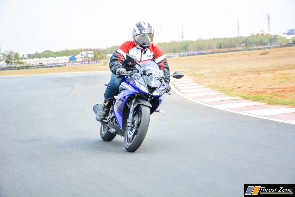 2018 Yamaha YZF R15 V3 Review-20