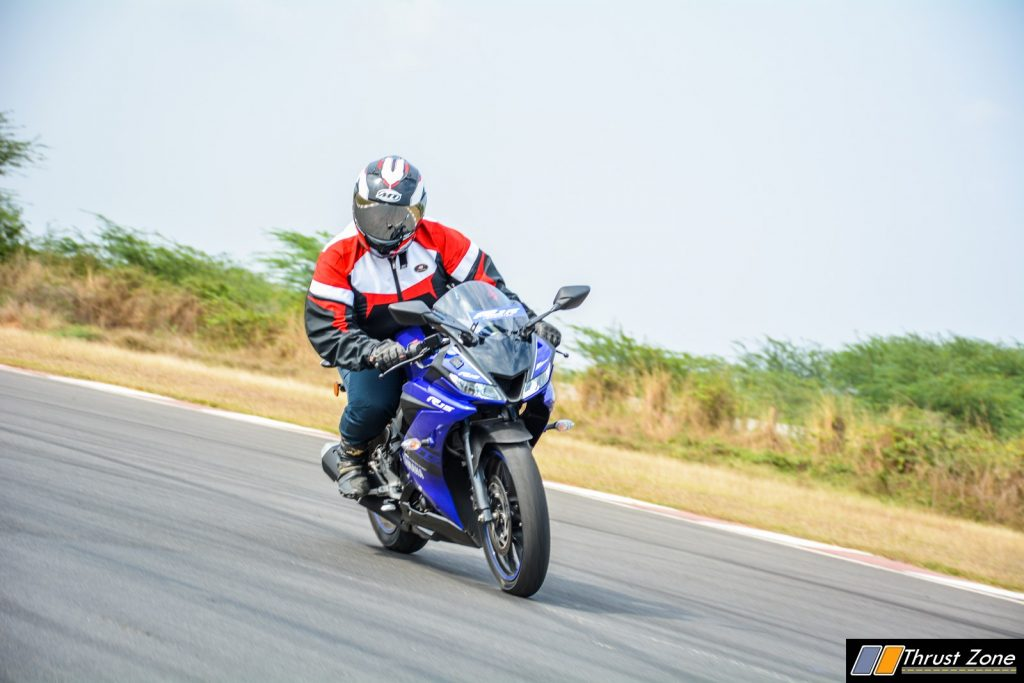 2018 Yamaha YZF R15 V3 Review-28