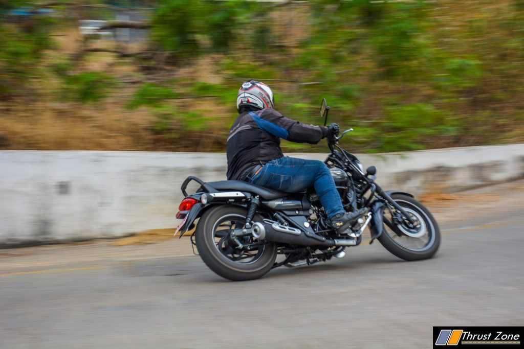 Bajaj-Avenger-180-vs-Intruder-150-Comparison-Review-10