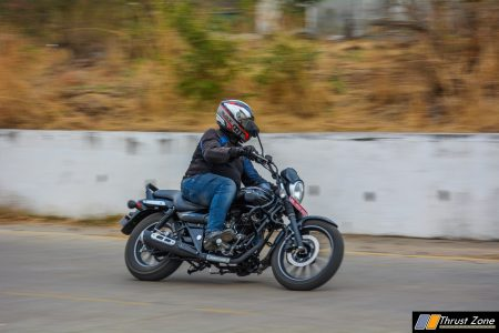 Bajaj-Avenger-180-vs-Intruder-150-Comparison-Review-9