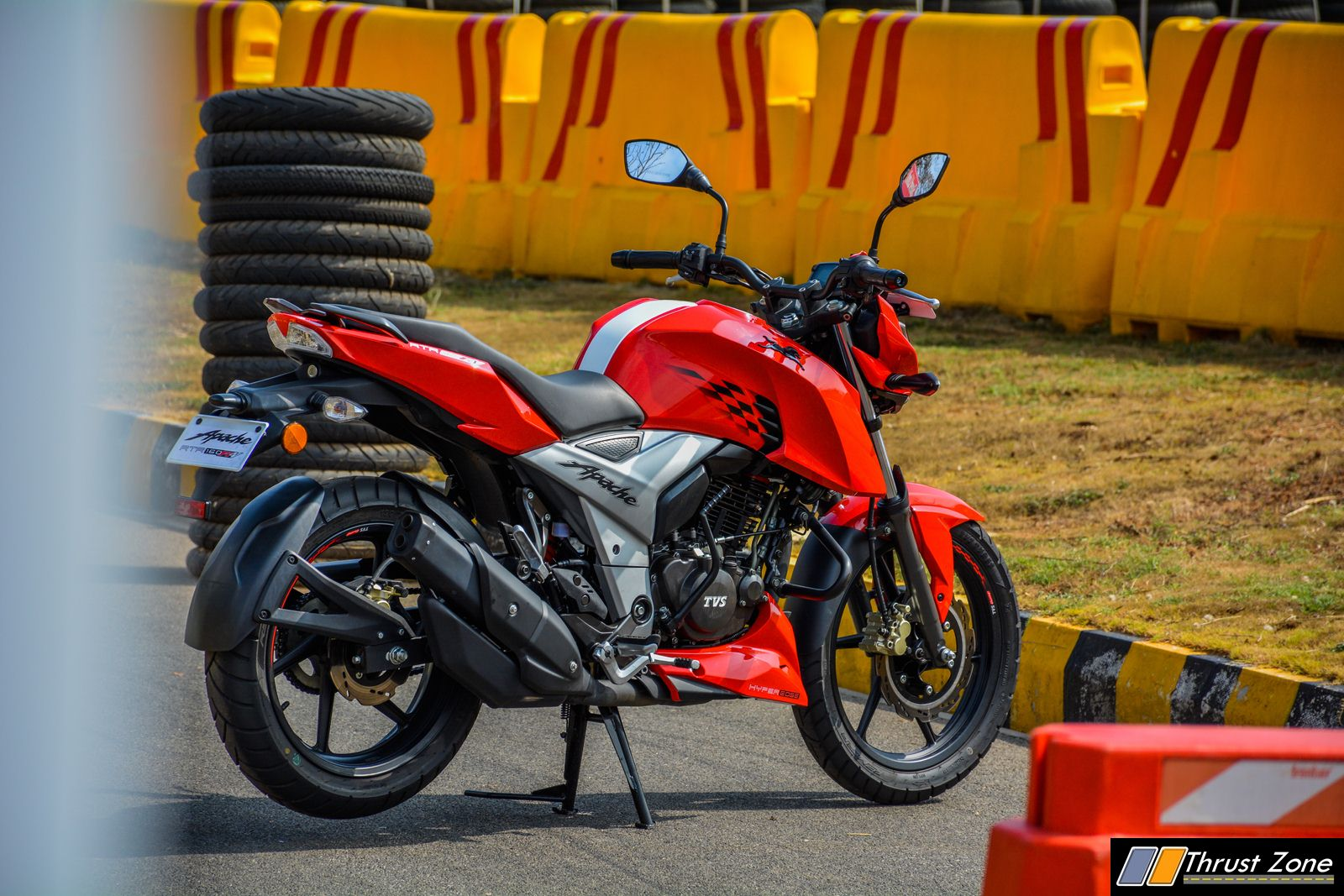 2018 TVS Apache RTR 160 4V Review, First Ride