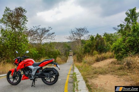TVS-Apache-RTR-160-4V-Review-38