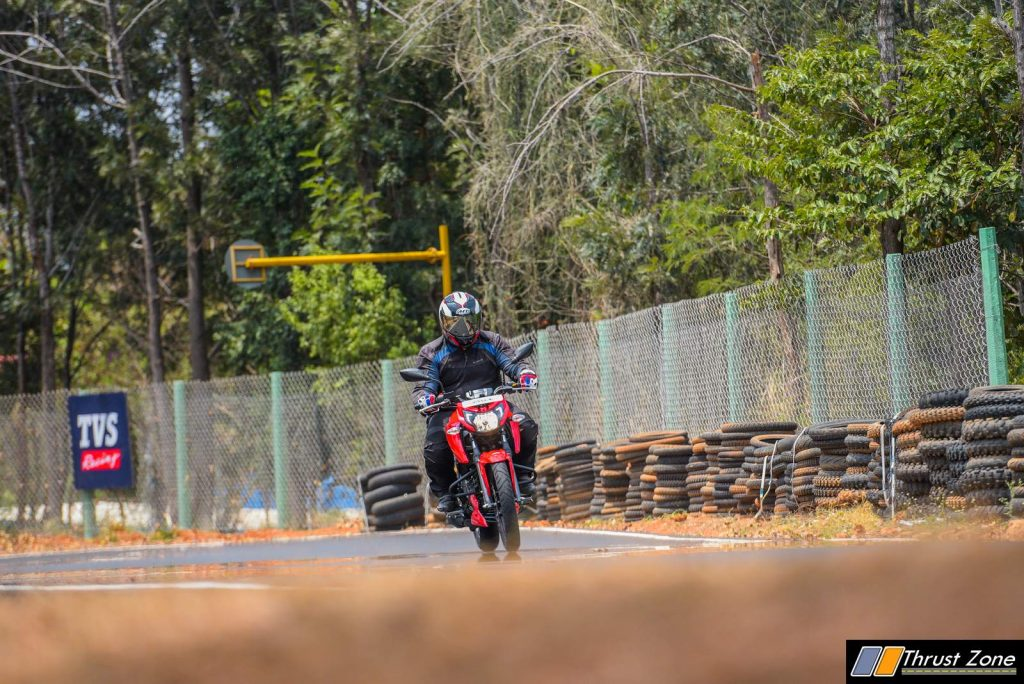 TVS-Apache-RTR-160-4V-Review-9