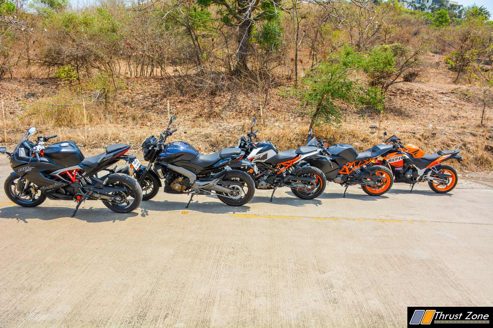 ApacheRR310-vs-Dominar-400-vs-CBR250R-KTM-RC-200-Duke250-Comparison-Review-17