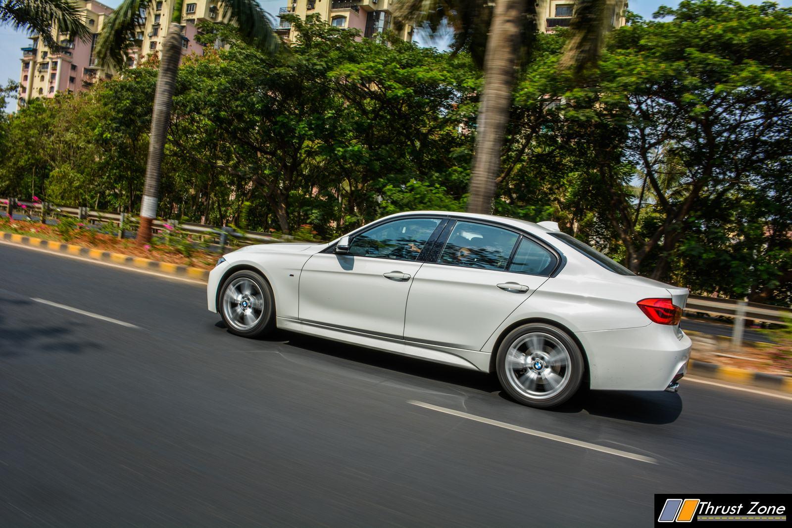 2018-BMW-330i-Petrol-Review-11