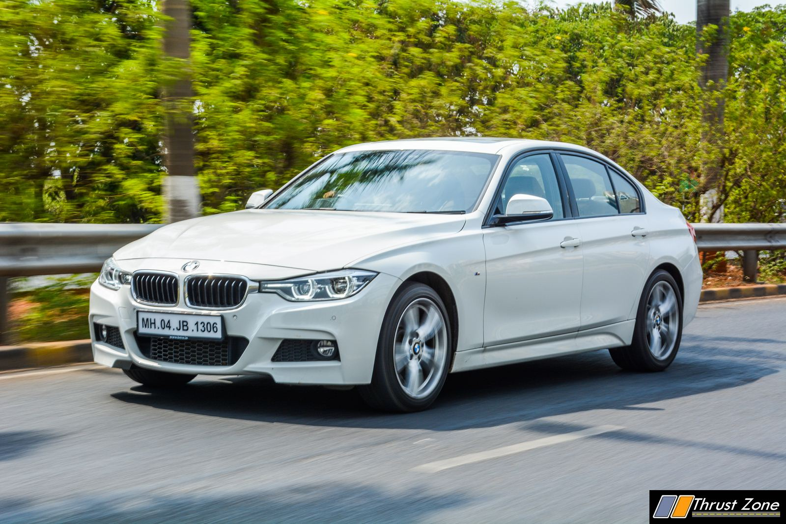 2018-BMW-330i-Petrol-Review-4