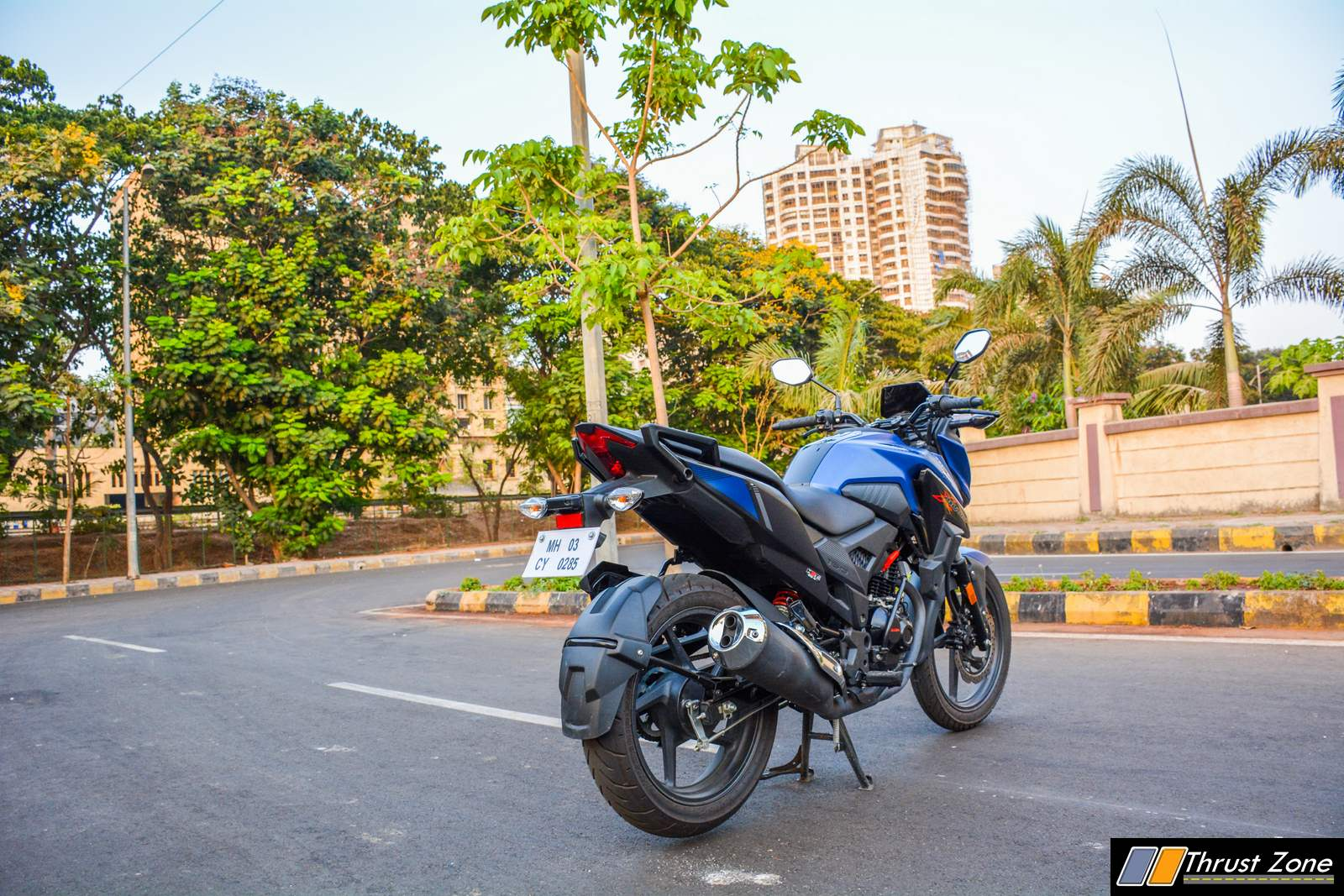 https://www.thrustzone.com/wp-content/uploads/2018/05/2019-Honda-XBlade-160-Review-23.jpg