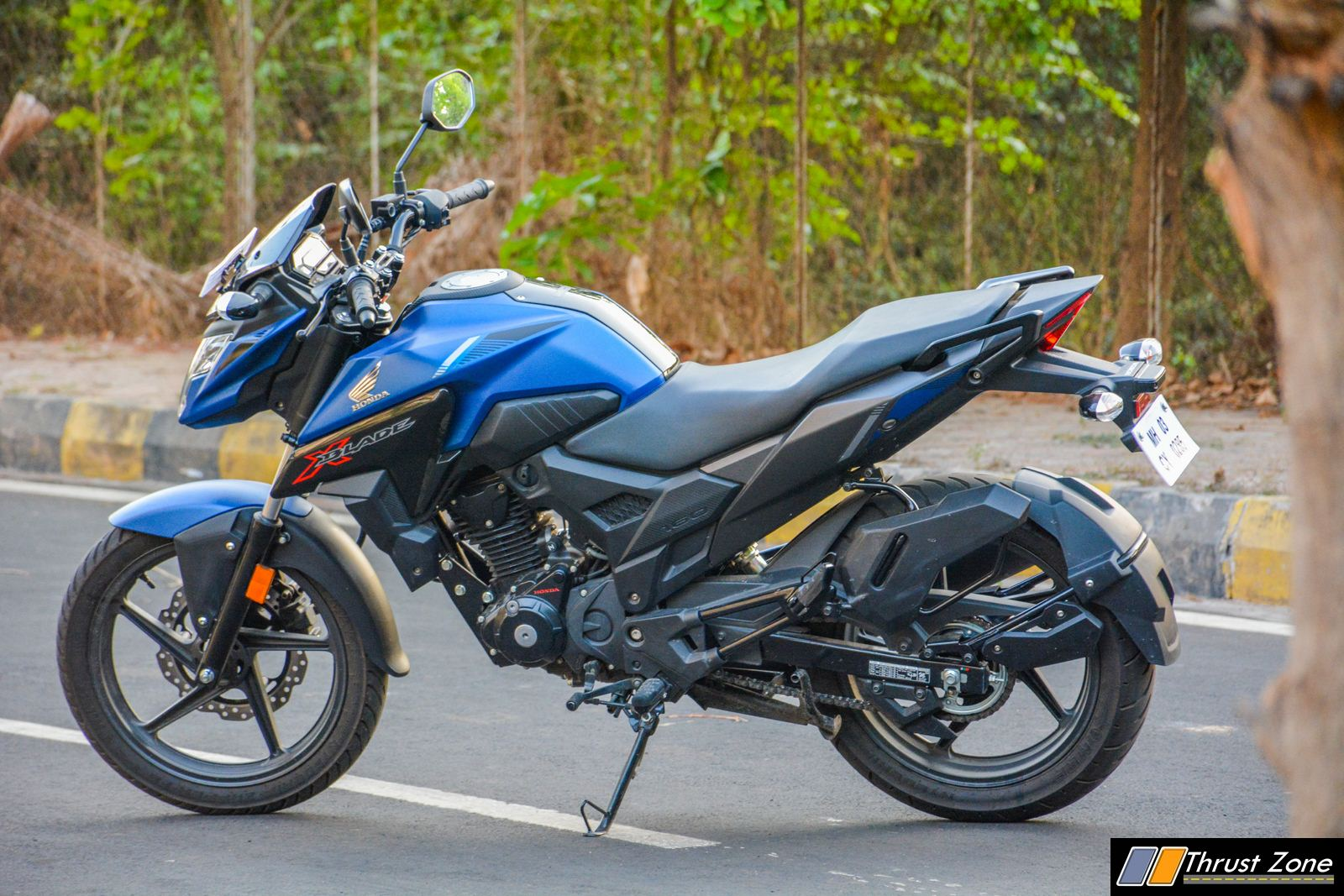 https://www.thrustzone.com/wp-content/uploads/2018/05/2019-Honda-XBlade-160-Review-5.jpg