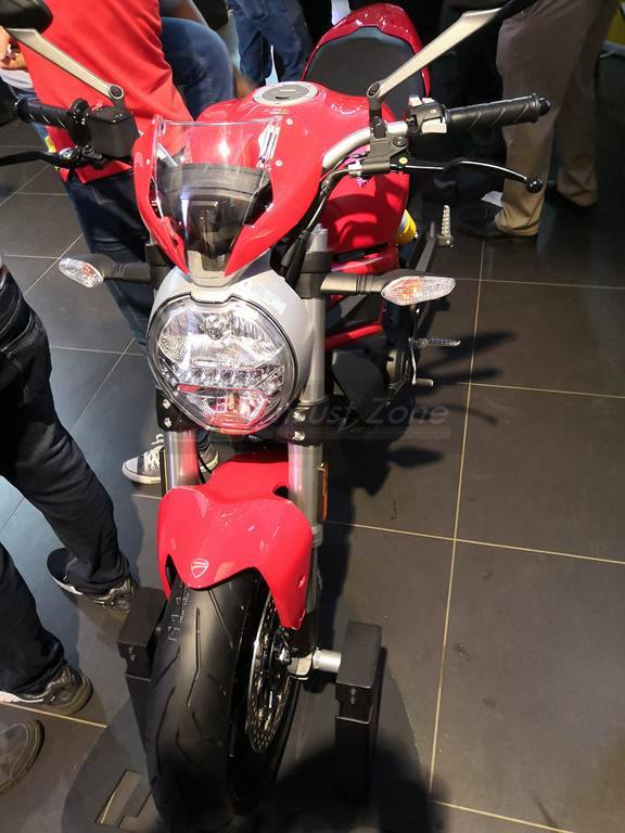 Ducati Monster 797 Plus India (2)