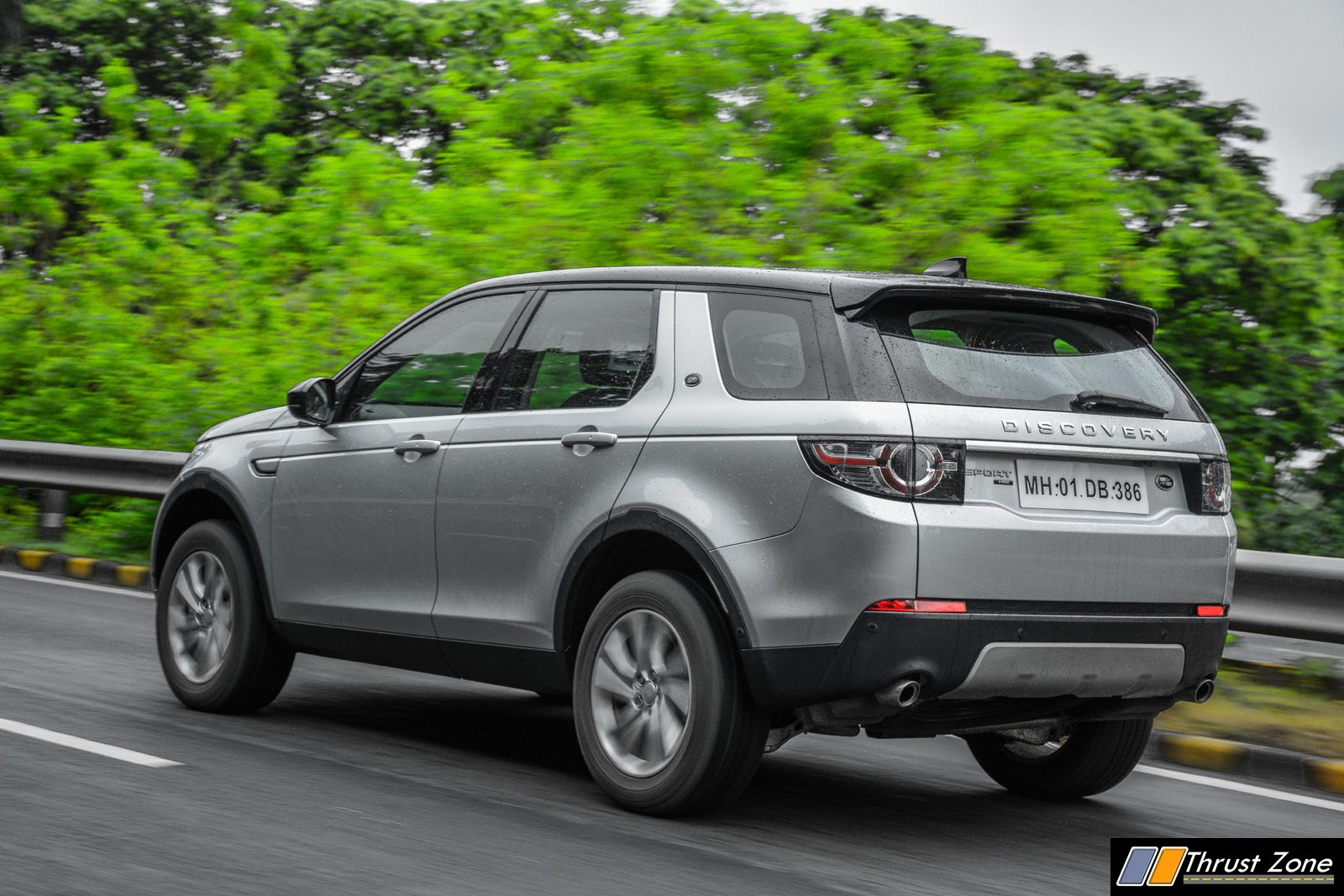 2018 land rover discovery sport india review first drive. Black Bedroom Furniture Sets. Home Design Ideas