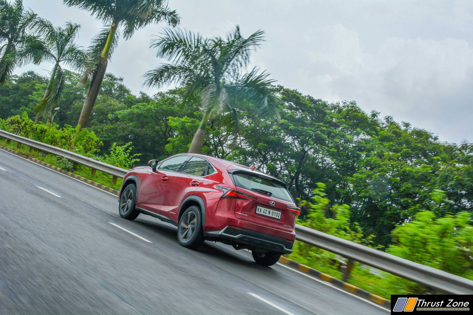 https://www.thrustzone.com/wp-content/uploads/2018/07/2018-Lexus-NX300h-India-Review-2.jpg