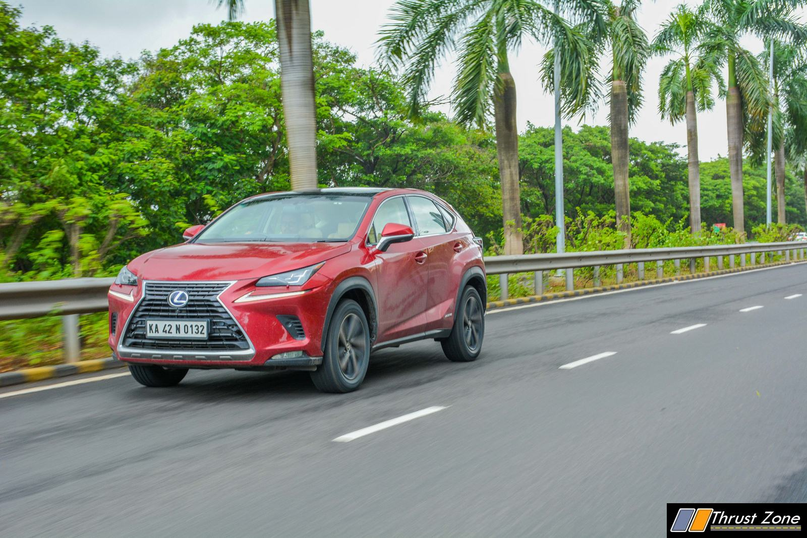 https://www.thrustzone.com/wp-content/uploads/2018/07/2018-Lexus-NX300h-India-Review-4.jpg
