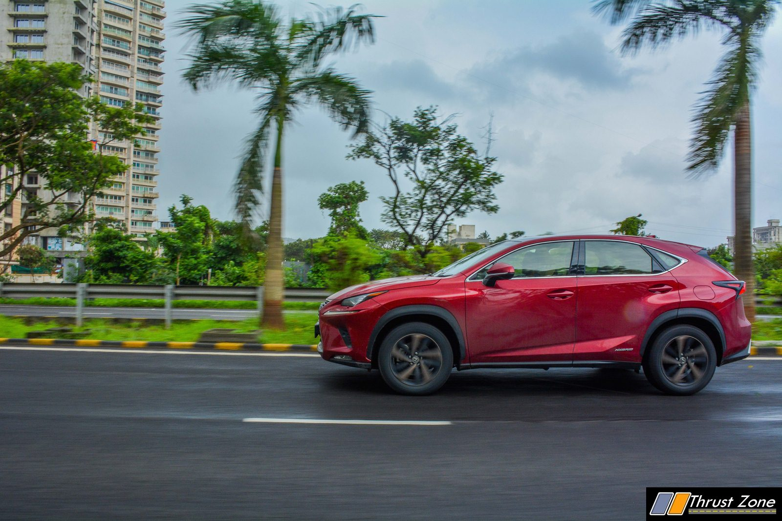 https://www.thrustzone.com/wp-content/uploads/2018/07/2018-Lexus-NX300h-India-Review-8.jpg