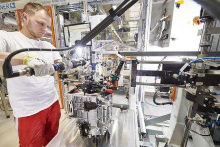 New era: Audi Hungaria starts series production of electric motor