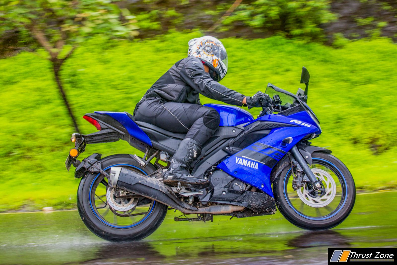 Yamaha-R15-V3-Review-Road-Test-11