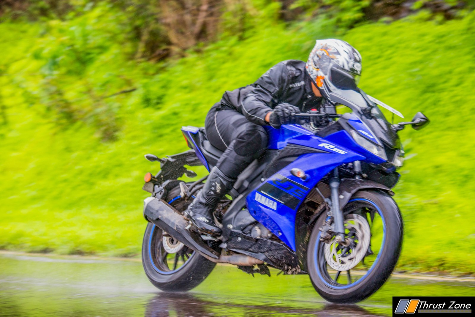 Yamaha-R15-V3-Review-Road-Test-17