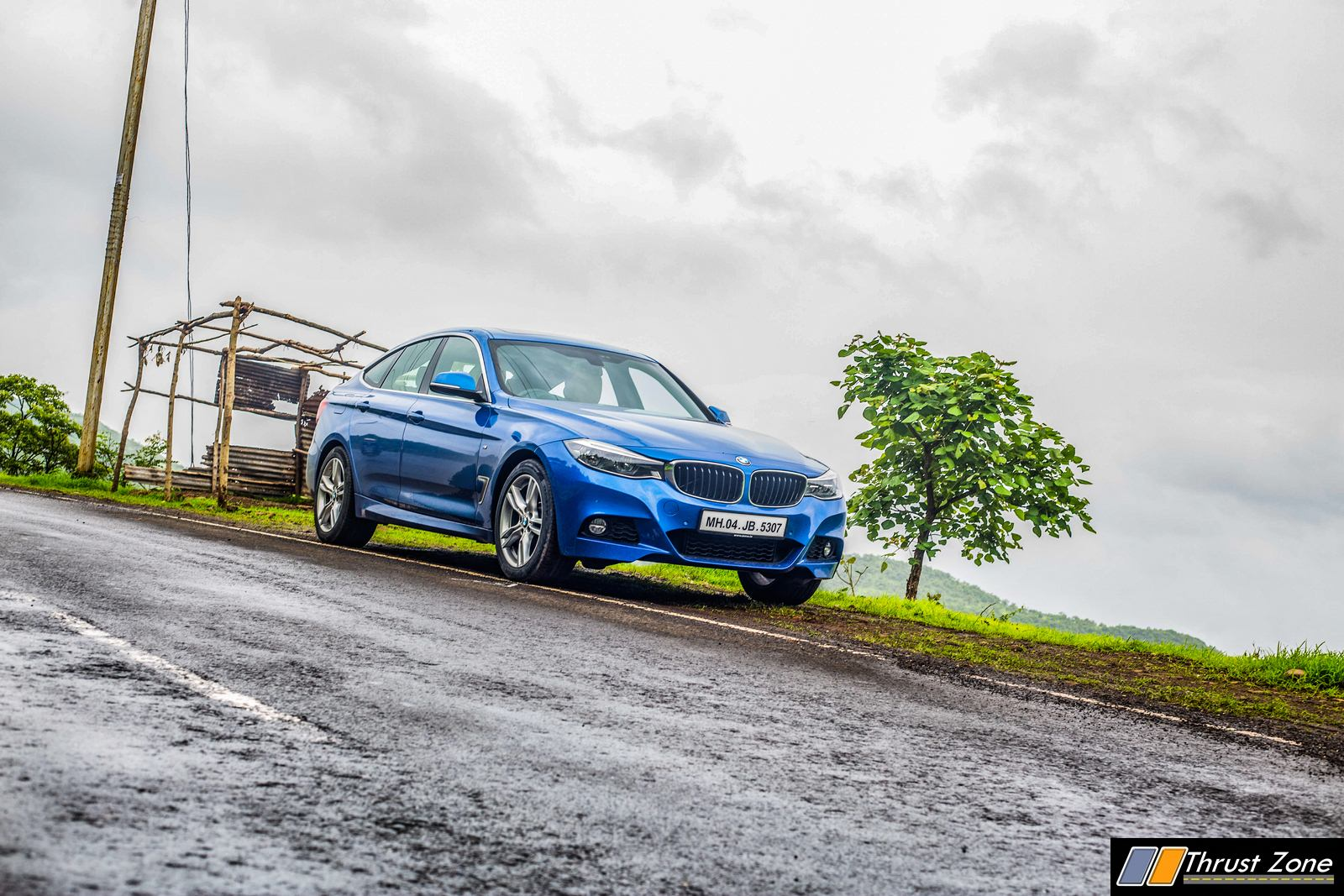 https://www.thrustzone.com/wp-content/uploads/2018/08/BMW-330i-GT-India-Review-2.jpg